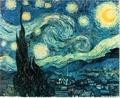 A Noite Estrelada é uma das mais conhecidas pinturas do artista holandês pós-impressionista Vincent van Gogh. Foi criada pelo artista aos 37 anos, enquanto esteve em um asilo em Saint-Rémy-de-Provence. Ao contrário de muitas outras de suas obras, a Noite Estrelada foi pintada de memória e não a partir da vista correspondente de uma paisagem, como de costume. Acredita-se que este é o motivo pelo qual ele causa um impacto ao espectador. <br/><br/> A partir dessa obra podemos produzir um interessante trabalho sobre linhas e cores, pois é nesse período que o artista rompe com o que se poderia chamar de fase impressionista, desenvolvendo um estilo muito particular no qual prevalecem fortes cores primárias, tais como o amarelo, para as quais Van Gogh atribuía significados próprios. <br/><br/> Localização: Museu de Arte Moderna<br /> Gênero: Pintura de paisagem<br /> Período: Pós-impressionismo<br /> Criação: junho de 1889<br /> Material: Tinta a óleo <br/><br/> Palavras-chave: Pós-impressionismo, tinta a óleo, Van Gogh, Noite Estrelada, pintura, paisagem