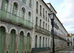 São Luis, capital do Maranhão, possui grande quantidade de casarões com fachadas em azulejos portugueses, um dos maiores conjuntos do patrimônio histórico do Brasil Colonial.  Palavras-chave: patrimônio histórico, São Luís