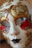 As máscaras fazem parte dos acessórios carnavalescos em todo o mundo. Aqui um exemplo de máscara de Veneza. <br/> Palavras-chave: máscara, carnaval, Veneza, Itália