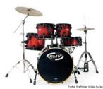 A bateria é um conjunto de tambores e de pratos (de diversos tamanhos e timbres) colocados de forma conveniente com a intenção de serem percurtidos por um único músico.