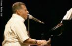 Alfredo José da Silva ou Johnny Alf como é conhecido nasceu no Rio de Janeiro em 1929. Cantor, compositor e pianista foi um dos percurssores da Bossa Nova.